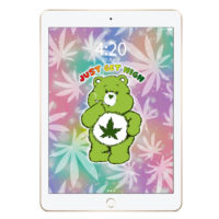 iPAD SCREENSAVER: CANNABEAR GREEN