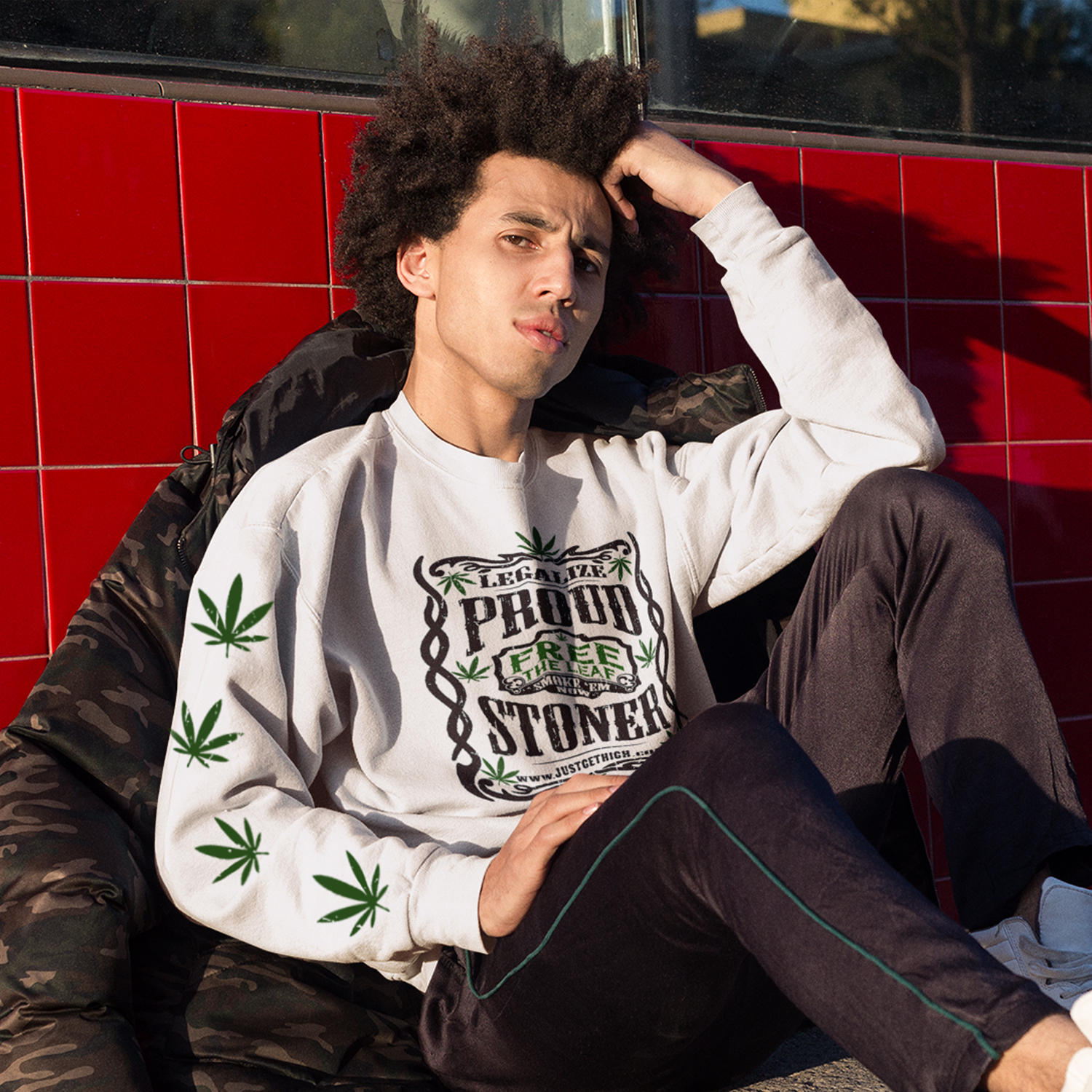 square_just get high_sweatshirt_proud stoner_small