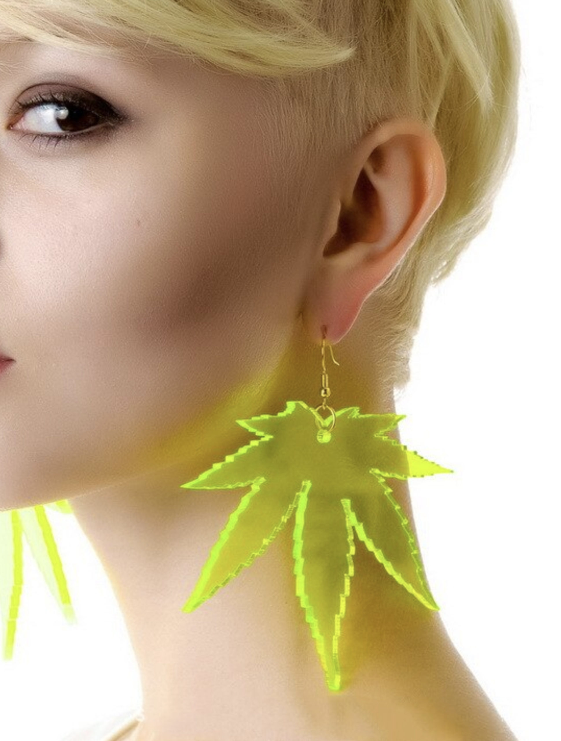 JUST GET HIGH_clear leaf acrylic earrings_lime_model