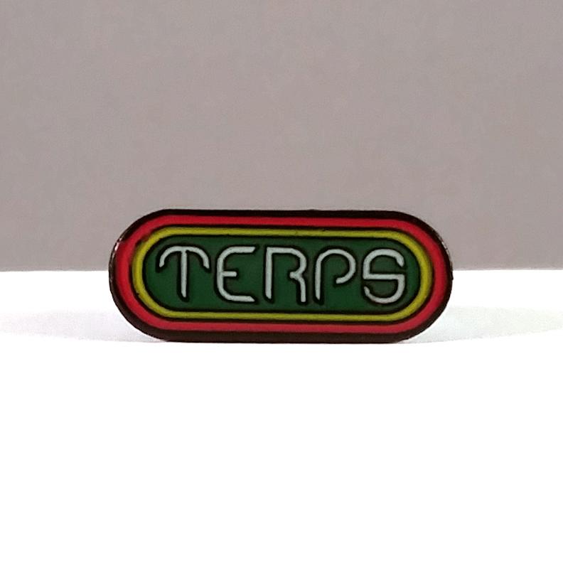 just get high_terps hat pin_rasta_green center